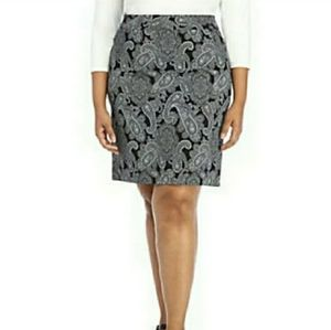 THE LIMITED PAISLEY PLUS SIZE PENCIL SKIRT